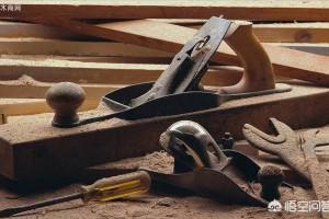 鲁班是怎样发明木工刨子的?