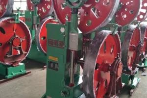 河北立式木工带锯机MJ3210B厂家