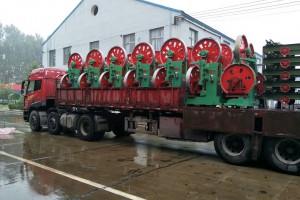 河北木工带锯机装车视频