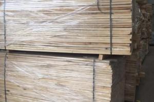 俄罗斯桦木烘干板材批发价格