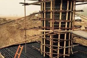 高档清水圆柱模板,装饰圆柱,木圆模,异型建筑模板厂家供应