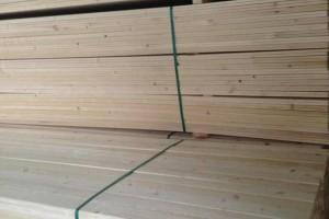 天然原生态杉木实木板香杉木板毛料抛光板材定制家具柜子木料