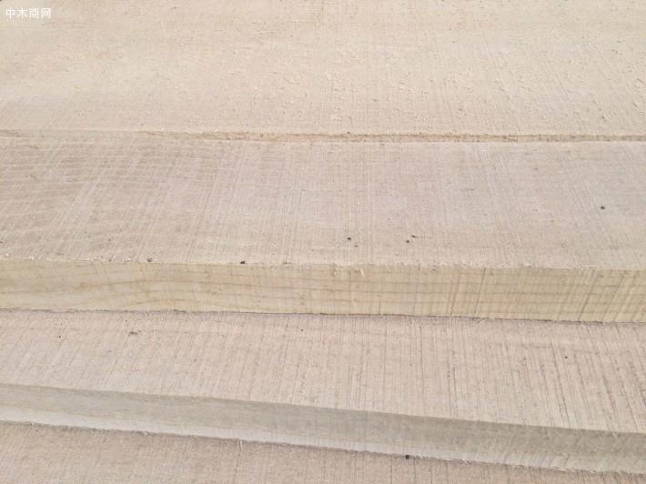 榆木烘干板多少钱一吨