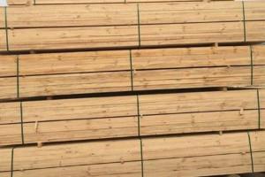 优惠供应进口芬兰松木板材,新西兰松木烘干板材,松木指接板