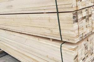优惠供应进口芬兰松木板材,新西兰松烘干板材,松木指接板