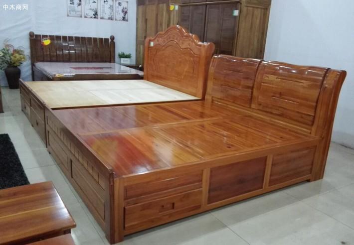 香椿木烘干板做家具香椿木板材价格贵还是香椿木烘干板价格贵?