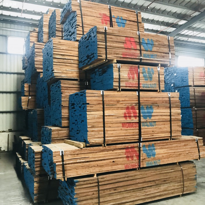 东莞市大岭山晋隆木业美国黑胡桃木板材高清图片