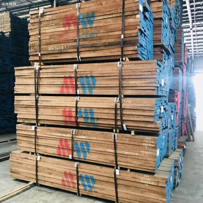 东莞市大岭山晋隆木业美国黑胡桃木板材高清图片供应