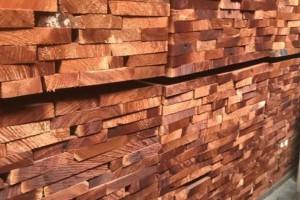 出售香椿木烘干板材, 红椿木烘干板材价格多少钱一方