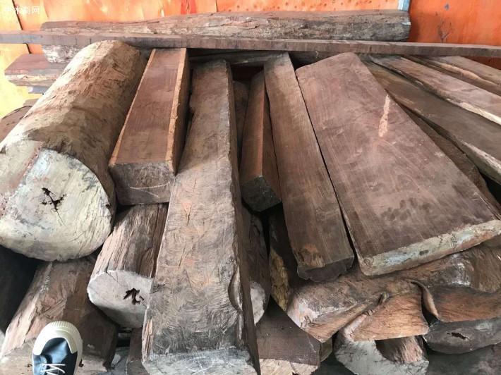 大红酸枝原木大方料厂家