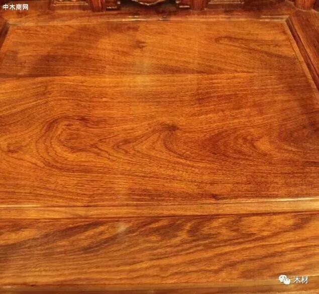 选择实木家具,乌金木和刺猬花梨家具哪种好图片