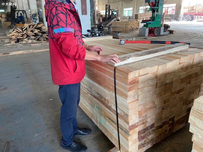 经营进口澳洲辐射松建筑木方,建筑模板