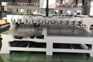 电脑雕刻机厂家木工数控雕刻机山东安泰雕刻机