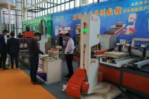 华洲全自动数控带锯,木工带锯极致发挥切割