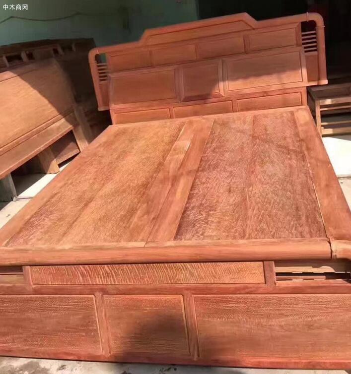 缅甸花梨木大床细节高清视频