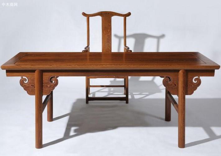 求购:鸡翅木书桌一张