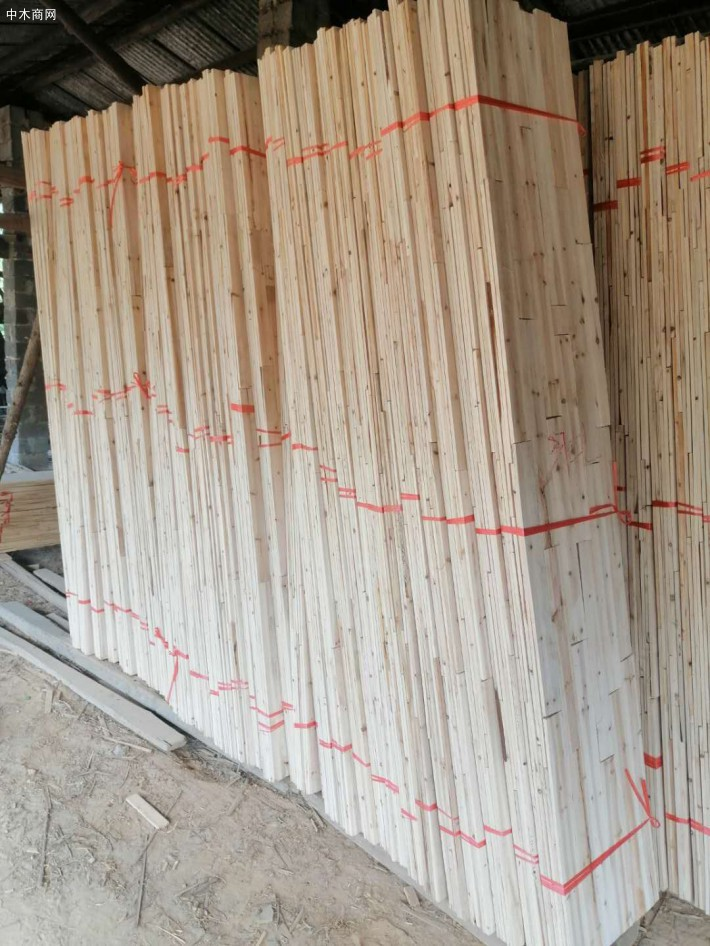 广西香杉木板芯料香杉木方条厂家直供