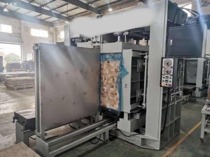 采购:集成材的压木条机械