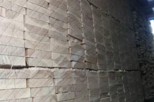 俄罗斯落叶松板材定尺板1.9厚2.5厚