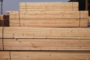 安顺市应急管理局调研木材经营单位消防安全工作
