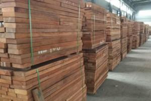 双柱苏木(南美柚木)板材备受各方人士关注