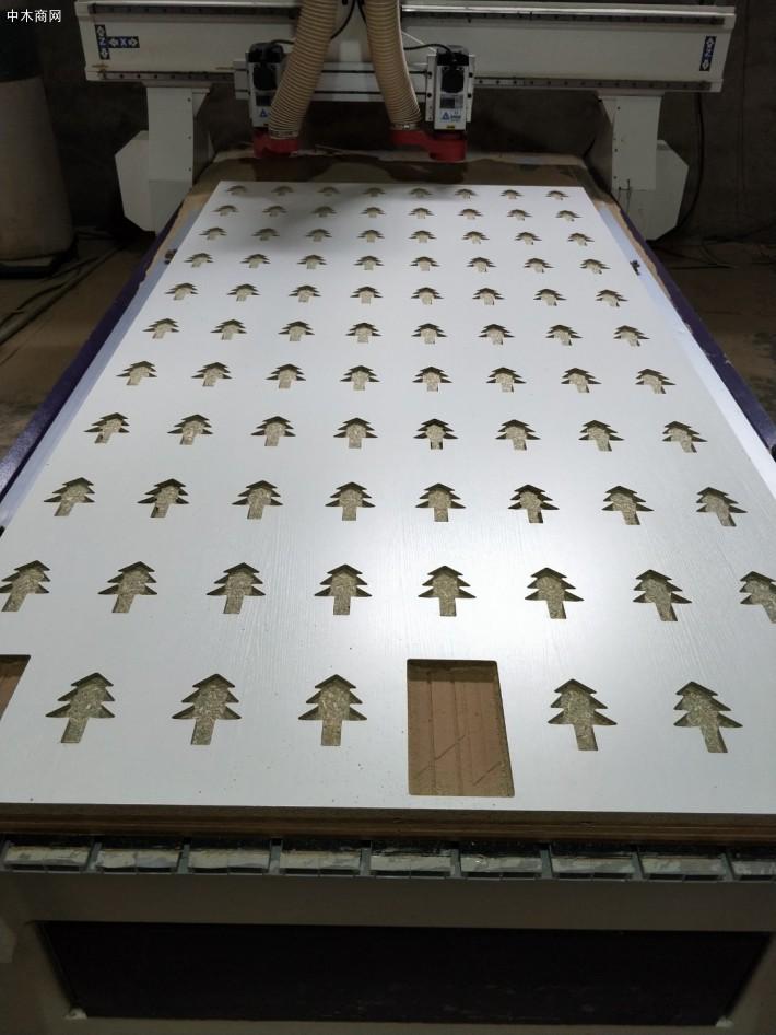 样品展示板PP板材样块切割的特点图片