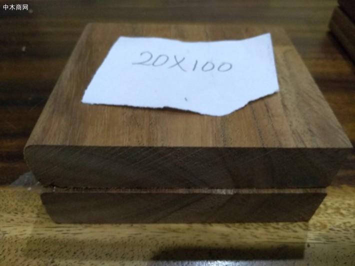 印尼柚木实木地板坯料高清图片