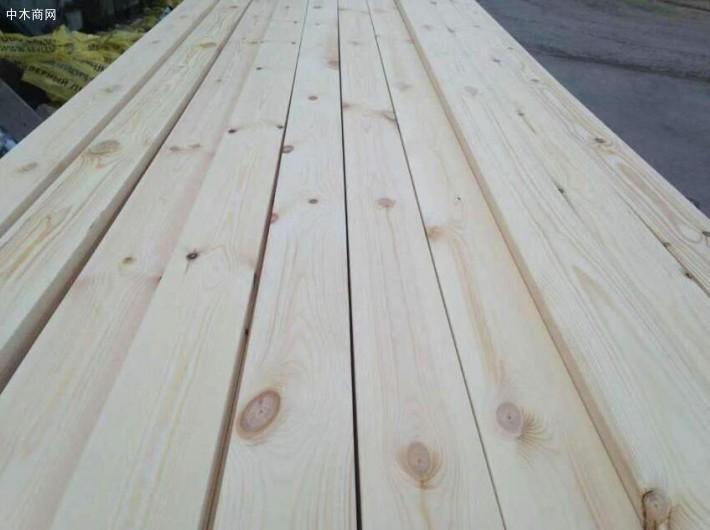 上海中苑翰发木业樟子松,芬兰木,欧洲赤松防腐木碳化木板材高清图片厂家