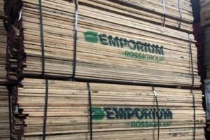 北美锯木厂大量削减业务进而稳定了木材市场