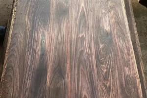 红木家具中的黑酸枝为什么有的贵有的便宜?