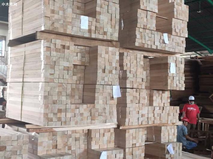 一手长期供应印度尼西亚巴沙木方图片