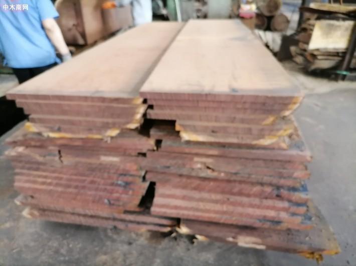 长期供应红黄榄仁烘干板材,定制实木木托盘料价格