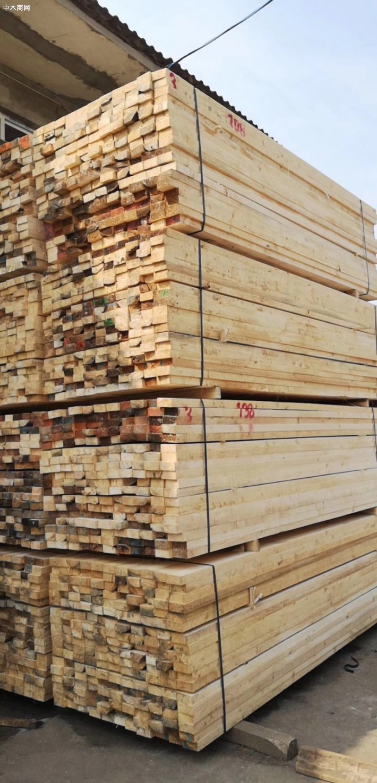 木材加工厂加工进口辐射松,白松,铁杉,花旗松工地口料