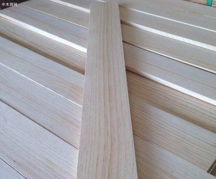 求购:进口松木板材