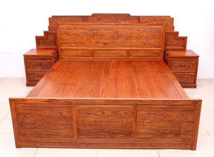 选择实木家具,乌金木家具和刺猬紫檀家具哪个贵品牌
