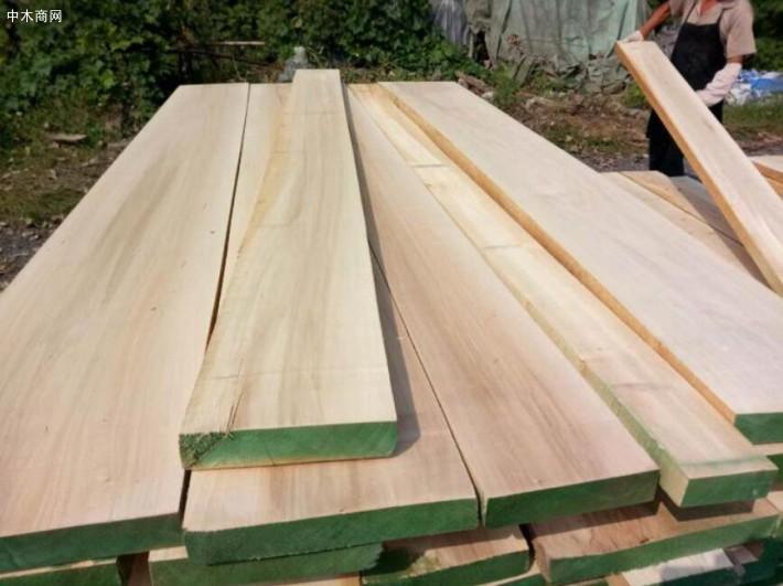 白杨木烘干板材加工厂家批发价格图片