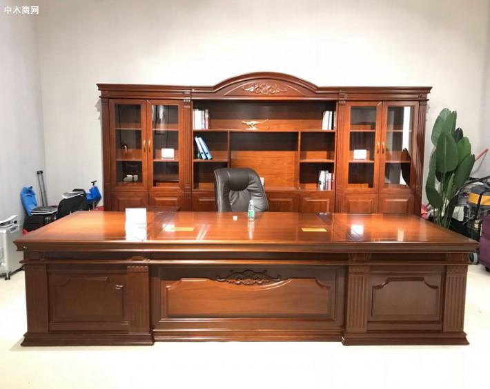 办公室的老板桌摆什么风水摆件好
