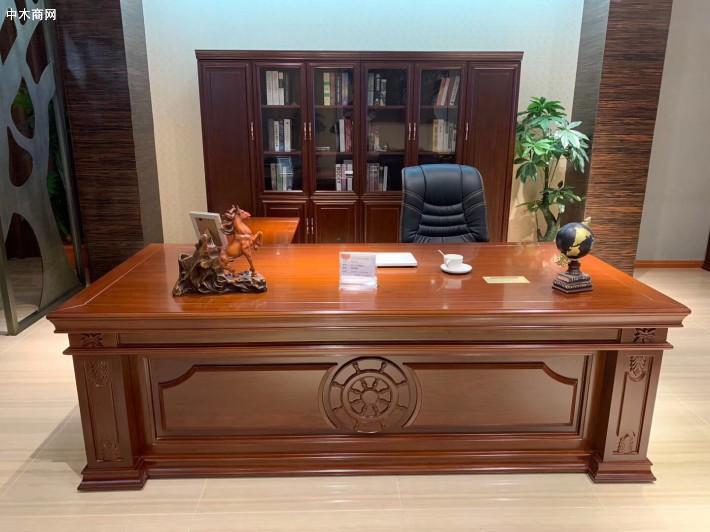 办公室的老板桌摆什么风水摆件好价格