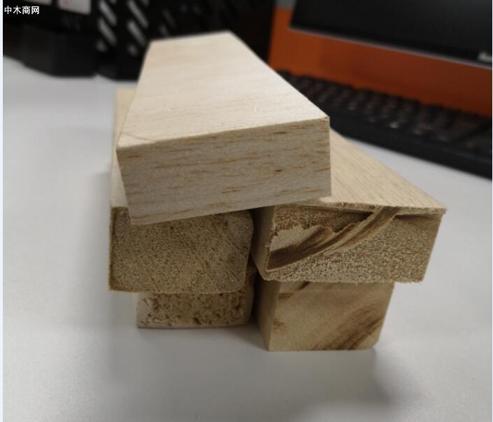 厄瓜多尔巴沙木Blasa轻木原木木方进口图片