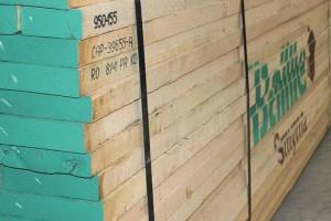 青岛东地木业北美红橡木板材高清图片