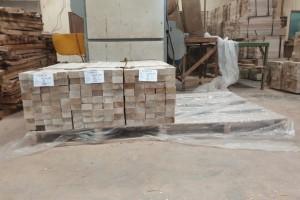 哥斯达黎加轻木板材规格料原产地直销