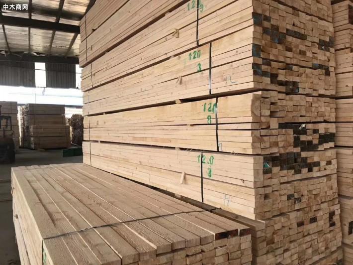 建筑工程用方木规格尺寸表以及5×10建筑方木多少钱一根价格