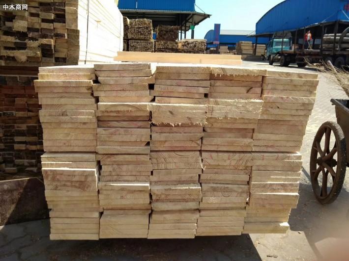 建筑木方生产厂家批发价格图片