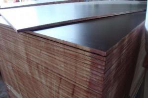 工程用清水模板的规格尺寸及建筑模板工程常见的质量问题有哪些?