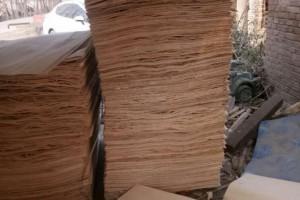 杨木板皮生产厂家批发价格