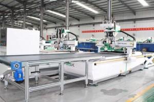 河北省临漳市全自动智能家具生产线试生产