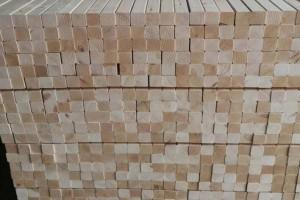 沭阳县桑墟镇人造板材铺就富民路