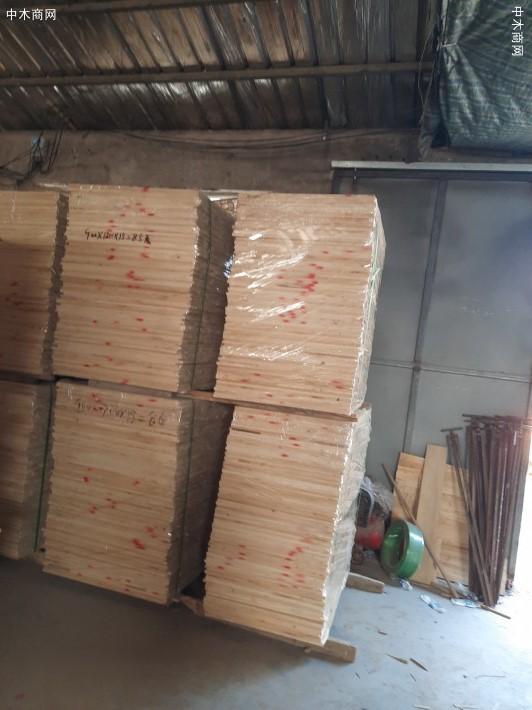 出售椿木直拼板,楸木直拼板,杨木直拼板规格齐全