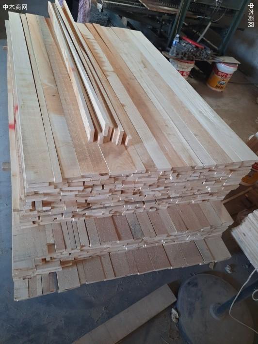 出售椿木直拼板,楸木直拼板,杨木直拼板规格齐全厂家
