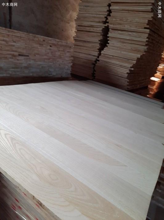 出售椿木直拼板,楸木直拼板,杨木直拼板规格齐全价格